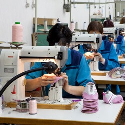 making ciciban kids shoes europe